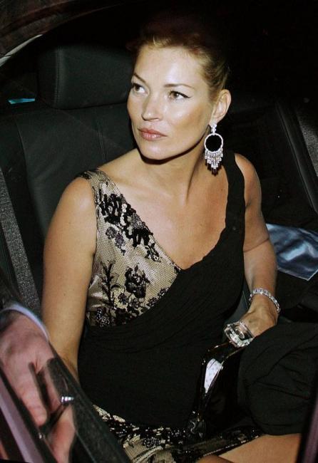 Kate Moss celebrating her millionth upskirt exiting car v03