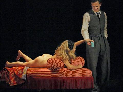Anna Friel naked on stage for Breakfast at Tiffany v01