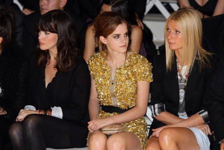 Emma Watson @ Burberry Prorsum SS 2010 Show in London a05