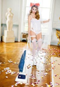 Keeley Hazell Erotic Calendar 2010 p02