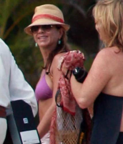 Jennifer Aniston - Bikini Candids From Cabo San Lucas