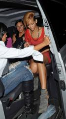 Rihanna  upskirt arriving @ Mahiki nightclub in London - Nov 16 a01