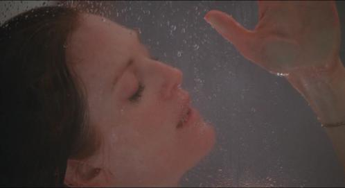 Julianne Moore - Nude n Enjoying Shower - Chloe 09