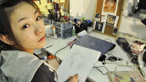 ヌードモデルで学費を稼ぐ女子大生「蘇紫紫(Su-Zizi)」さんのオマンコ写真が!?