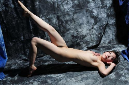 ヌードモデルで学費を稼ぐ女子大生「蘇紫紫(Su-Zizi)」さん