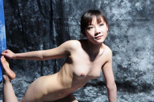 Su-Zizi Nudes 03