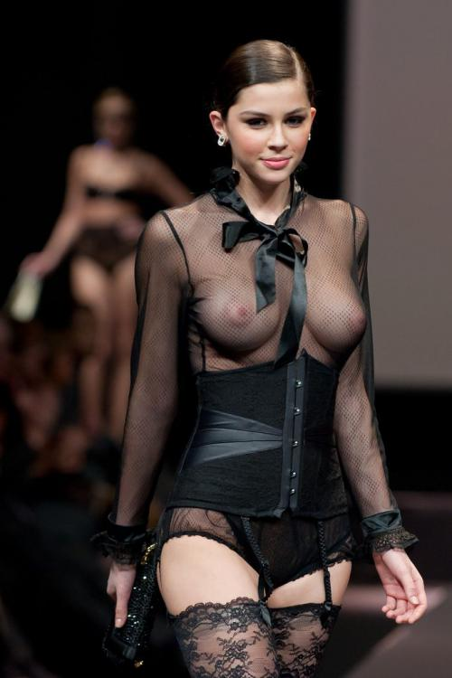 Madalina Pica - the 35 year of Lise Charmel Lingerie Fashion Show 04