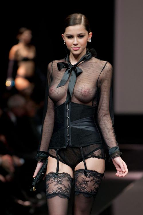 Madalina Pica - the 35 year of Lise Charmel Lingerie Fashion Show 03