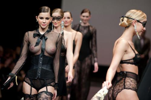 Madalina Pica - the 35 year of Lise Charmel Lingerie Fashion Show 07