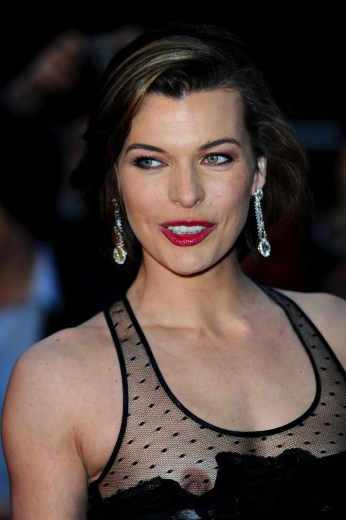 Milla Jovovich Nip Slip - Royal Albert Hall in London (2)