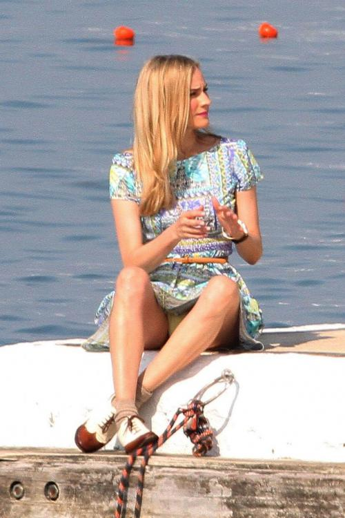 Diane Kruger Flashes Upskirt on the Beaches of Cannes