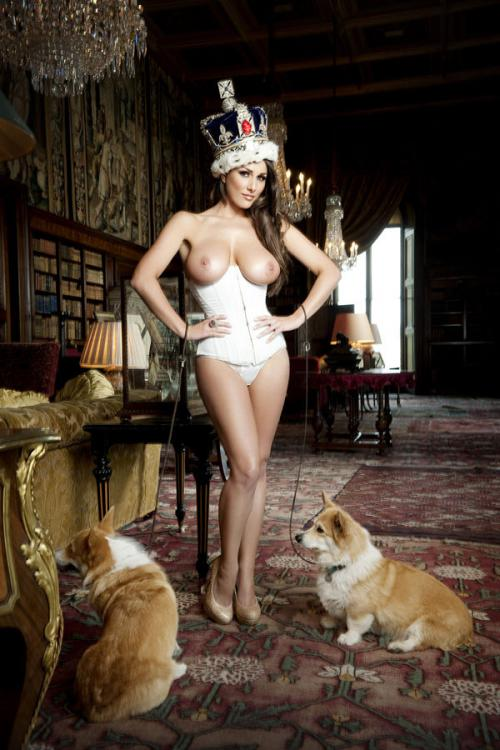Lucy Pinder - Queen Lucy PS - Nuts Out-takes (18)