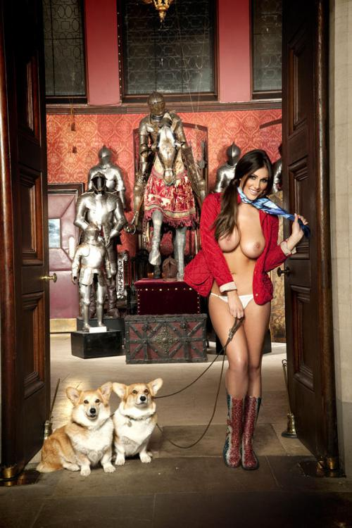 Lucy Pinder - Queen Lucy PS - Nuts Out-takes (2)