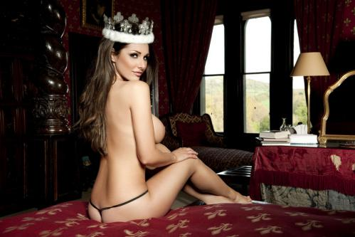 Lucy Pinder - Queen Lucy PS - Nuts Out-takes (3)