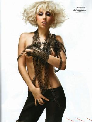 LadyGaGa_QMagazineMarch2010_02.jpg