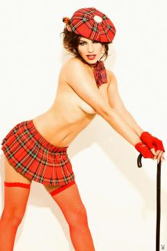 kelly-brook-posing-naked-for-playboy-03.jpg