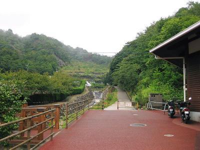 雨の呉娑々宇山 (2)
