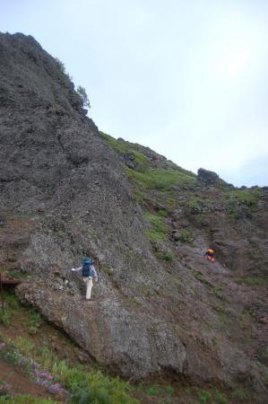 横岳への稜線2