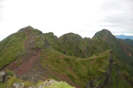 横岳から赤岳への稜線