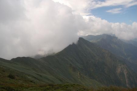 仙の倉山方面への稜線.