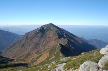 三ノ沢岳への稜線