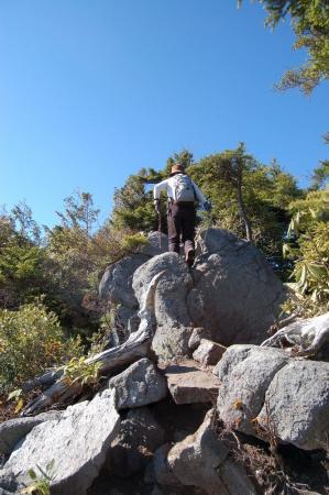 帝釈山への登山道1