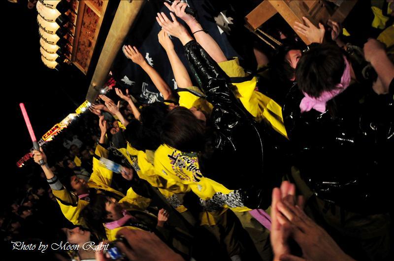 (西条祭り2008) 伊曽乃神社祭礼(例大祭、祭り) 御旅所(お旅所) その12 神拝地区 上喜多川・上神拝だんじり(屋台) 西条市大南 御旅所(お旅所)前にて 2008.10.16