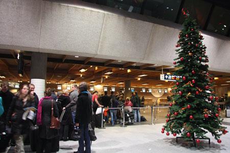 アイスランド空港のカウンター