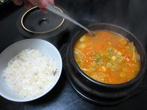 ゆきんこ特製チゲ鍋