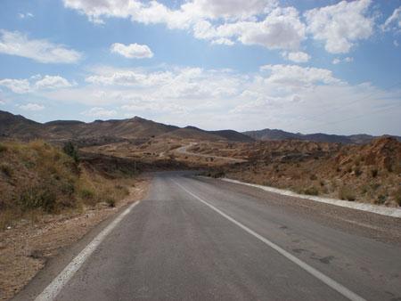 チュニジアの道路