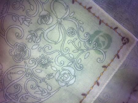handkerchief_b.jpg