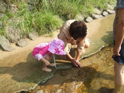 2011.8yun初めての川遊び
