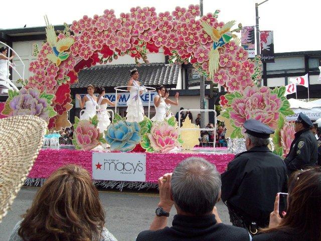 ジャパンタウンの桜まつり