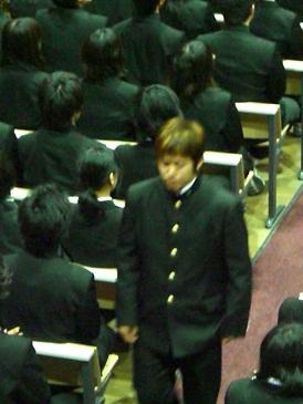 カズ卒業式2