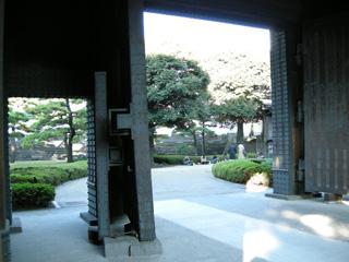 31.平川門出る