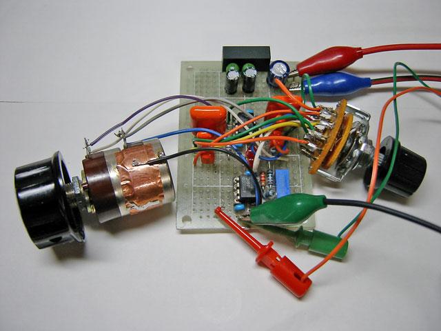 状態変数型発振回路写真