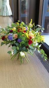 NFD一級ほくれた装飾的花束
