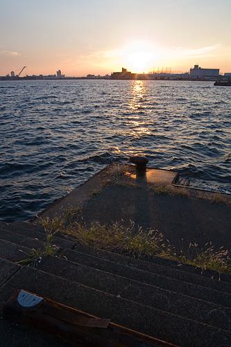 名古屋港1-9