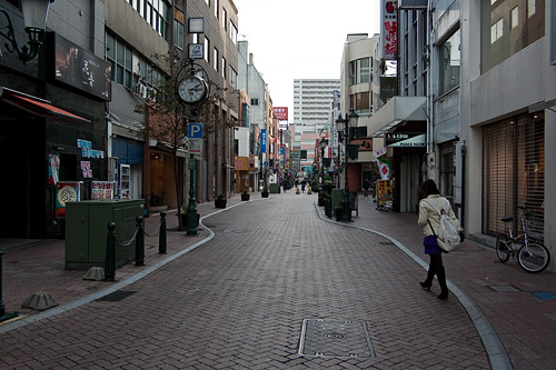 繁華街の通り