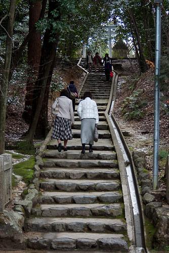 針名神社参道の石段