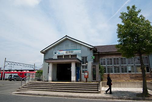 碧南駅前の風景