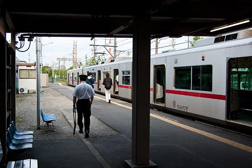 東名古屋港駅ホーム