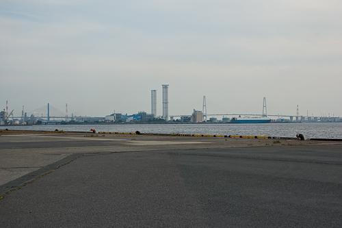 名古屋港埠頭