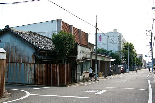名古屋城帰り道-10