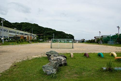 桃取小学校の校庭