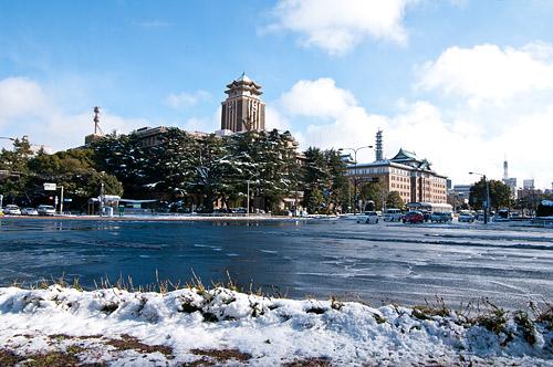 雪の名古屋城2-2