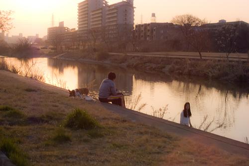 日曜の河川敷-1