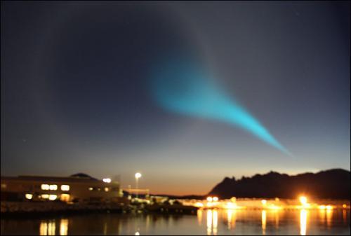 Norwegion-Lights3_945269a_convert_20091211121401.jpg