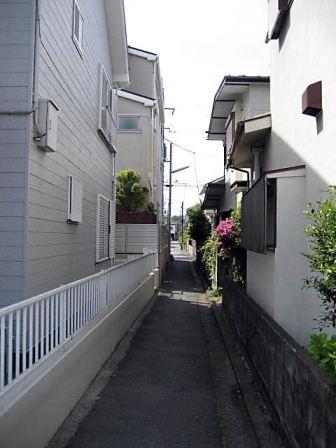 大倉山路地2
