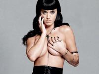 Katy Perry(ケイティ・ペリー)がEsquire!でトップレス姿を披露